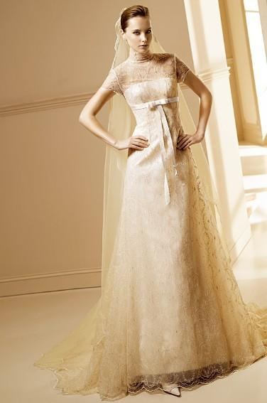 Covelli boutique shoes fashion without compromise for Wedding dresses mall of america